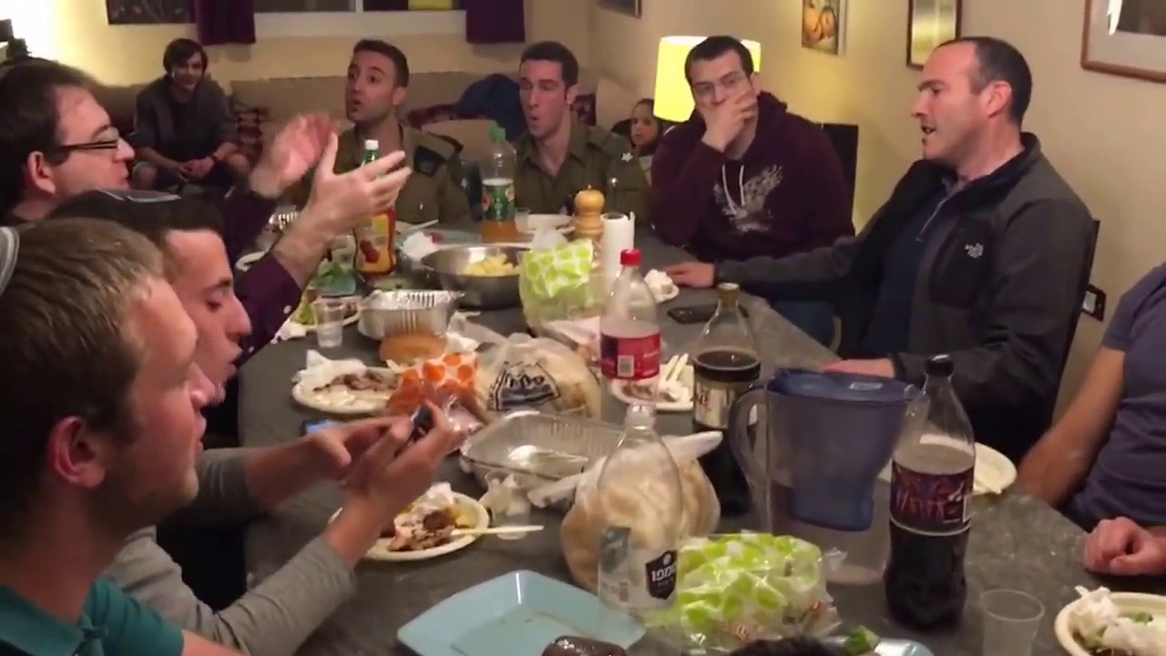The IDF Rabbinical Choir Sings Eishet Chayil at Dinner
