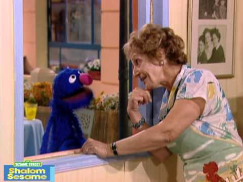 Shalom Sesame: Learn About Shabbat with Grover