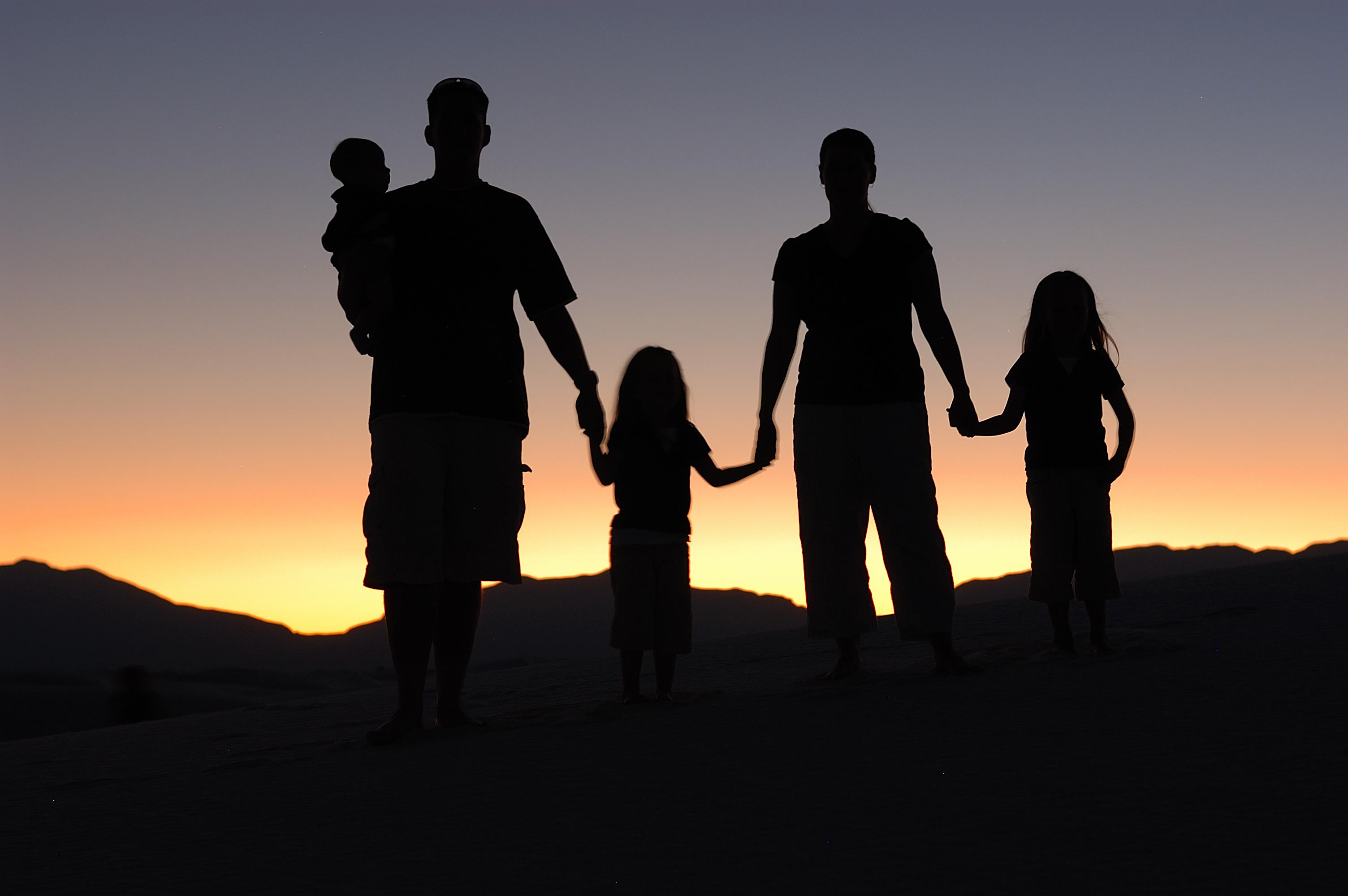 תפילה למשפחה לאחר הדלקת נרות שבת בנוסח אורתודוכסי-ספרדי (קול וטקסט)