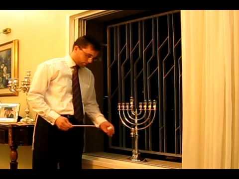 הדלקת נרות חנוכה- סרטון הדרכה ביתי