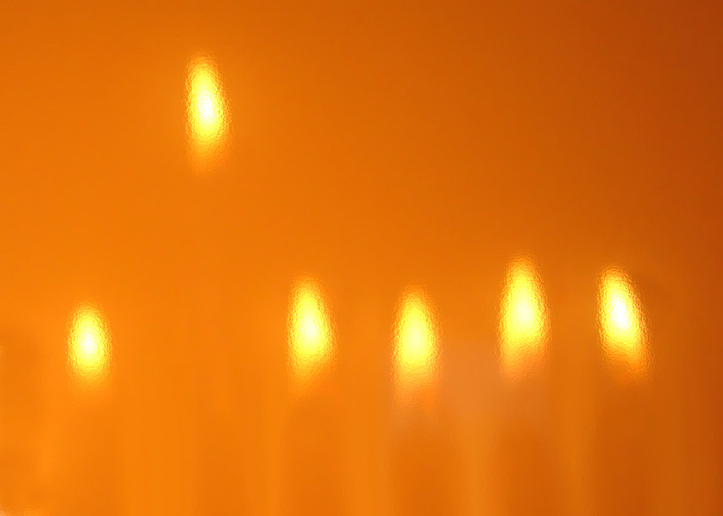 שני היוצרים העיוורים שהפיצו את אור החנוכה- סיפורו של השיר 'נרותיי הזעירים'