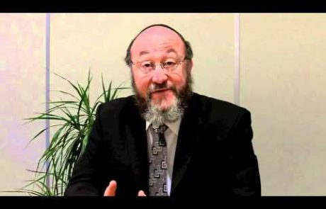 Chief Rabbi of the UK on Blessing the Children on Shabbat
